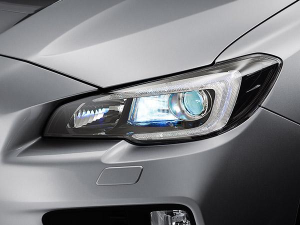 LED priekiniai žibintai su automatinio lygio reguliavimo sistema